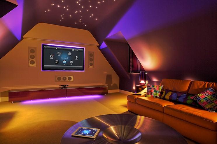 Для дизайнерского оформления внутреннего пространства используются различные виды светодиодных светильников