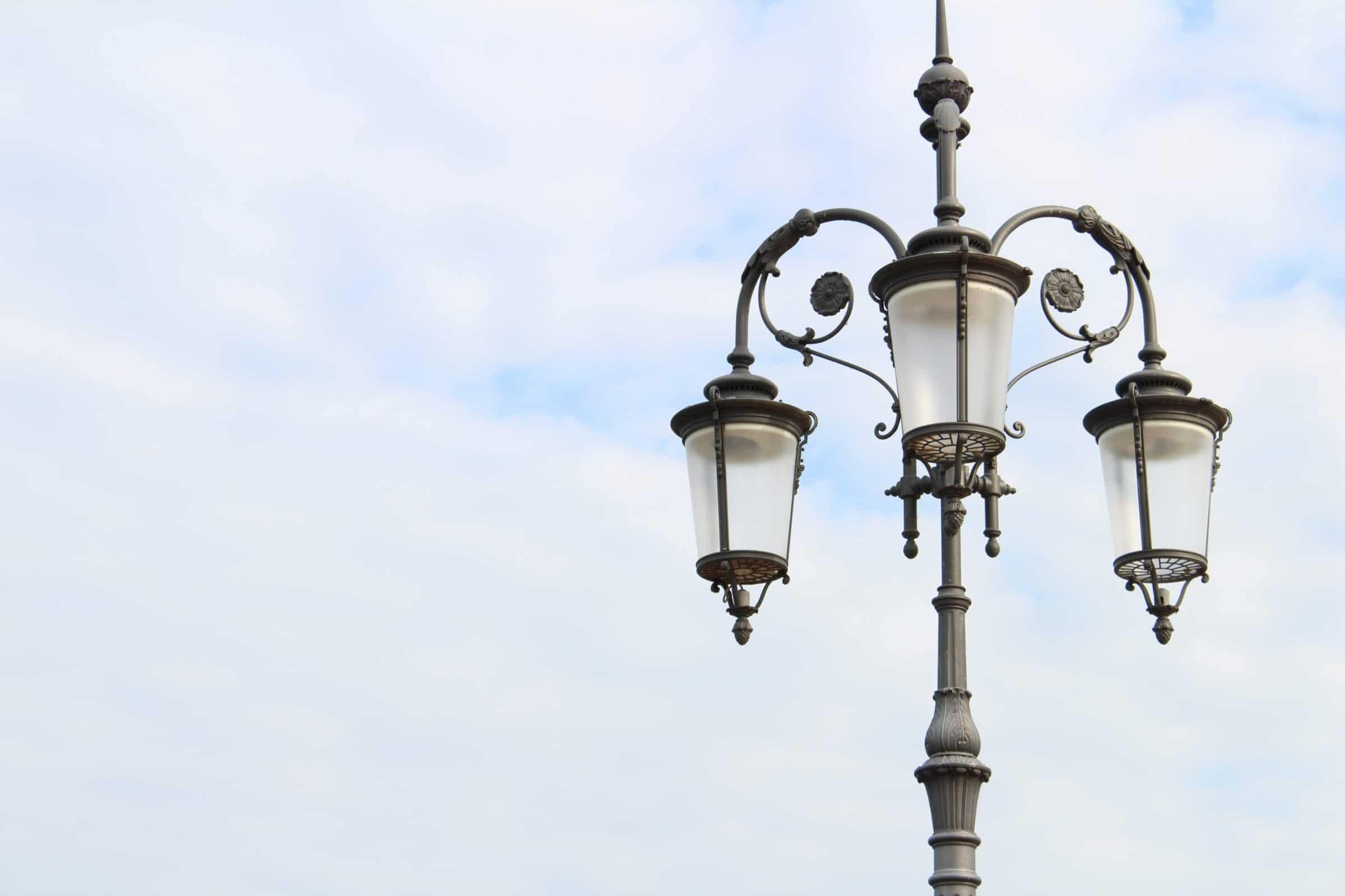 Стальные фонари